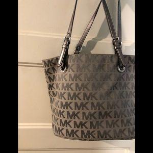 MK Michael Kors tote purse